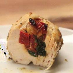 Délicieuse recette de poulet au four fourré à la tomate et au fromage