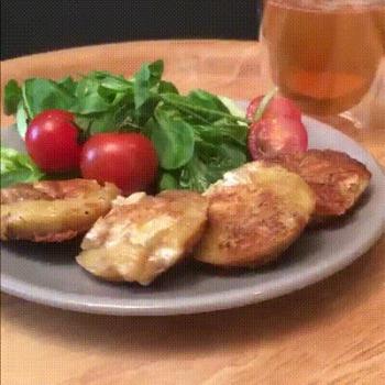 Superbe recette de mini crêpes au camembert