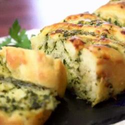 Délicieux cake pour apéritif façon pain à l'ail
