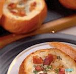 Bol de pain aux oeufs et fromage la recette délicieuse