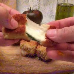 Incroyables croquettes avec seulement de la mozzarella